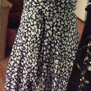 Navy and white floral dress crisscross body stile